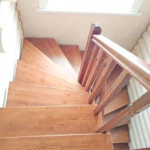 Забежная лестница на заказ для дома