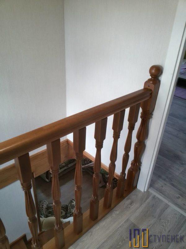 Перила лестницы из бука
