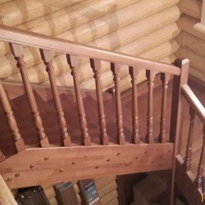 П-образная лестницы на второй этаж