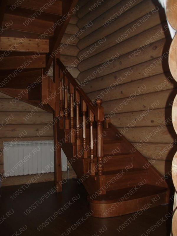 П-образная лестница из сосны