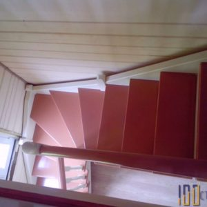 Лестница с забежными ступенями на 90