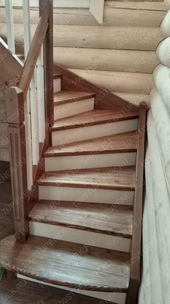 Лестница в Волковском