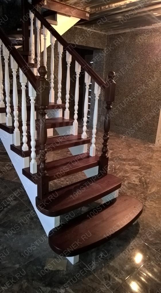 Лестница из сосны на второй этаж
