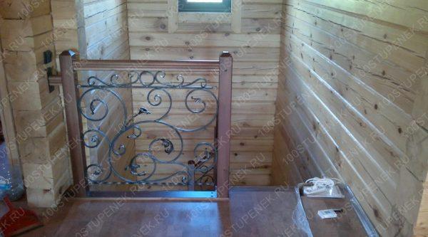 Лестница с ковкой