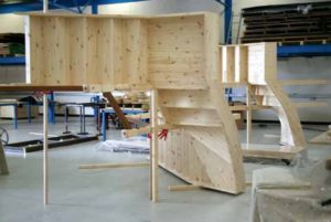 Цех по производству деревянных лестниц