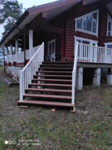 Лестница с крыльцом