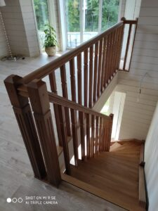 Лестница с одним поворотом